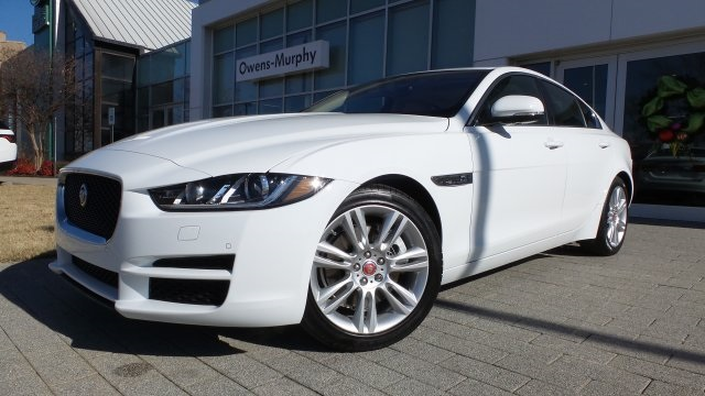 New 2019 Jaguar XE 25t Premium RWD 4D Sedan