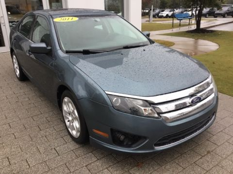 Pre-Owned 2011 Ford Fusion SE FWD 4D Sedan